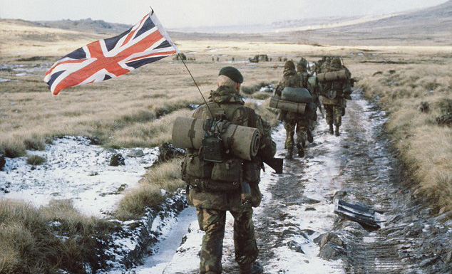 FALKLANDS_THIRTY_00_small