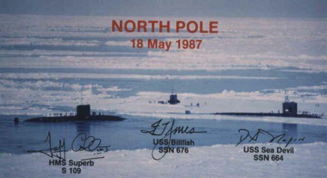 Submarine in Arctic with no ice